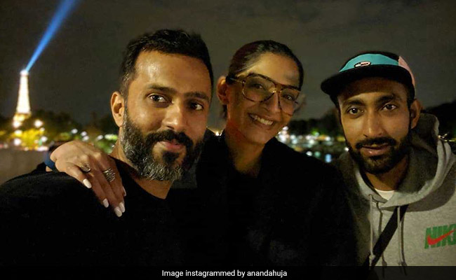 Midnight In Paris With Sonam Kapoor And Anand Ahuja. 'Lots Of Selfies' Inside