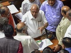 कर्नाटक : राज्यपाल ने एचडी कुमारस्वामी को दी डेडलाइन, दोपहर डेढ़ बजे से पहले बहुमत साबित करने को कहा