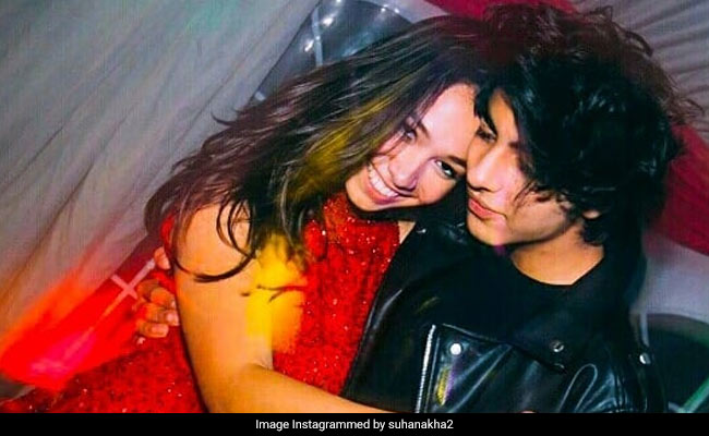 Shah Rukh Khan's Son Aryan Dances His Way To The Top Of Trends With Mystery Friend