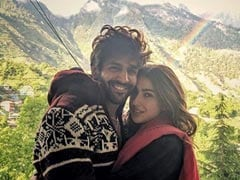 Amrita Singh Reportedly 'Didn't Mind' Kartik Aaryan Interrupting Video Calls With Sara Ali Khan