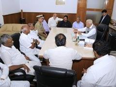 संकट में कर्नाटक सरकार : CM कुमारस्वामी विदेश में, इधर जेडीएस- कांग्रेस के 11 विधायकों ने दिया इस्तीफा