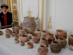 France Returns Around 450 Ancient Relics To Pakistan