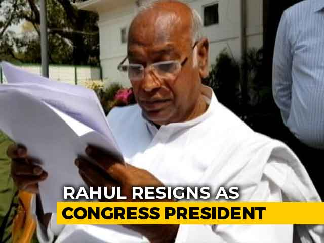 Video : Congress Top Job May Go To Sushil Kumar Shinde Or Mallikarjun Kharge