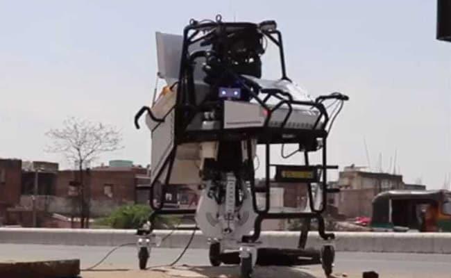 दिल्ली में रोबोट से कराई जाएगी सीवर की सफाई!