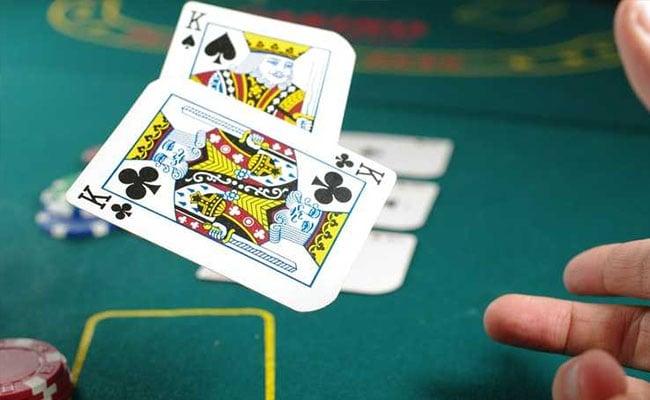 Ruthless, 'Superhuman' Poker-Playing Program Makes Elite Players Fold