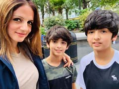 How Cute Is Sussanne Khan's Pic With Her 'Summer Loves' Hrehaan And Hridaan? Very
