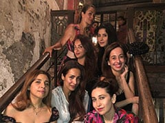 Inside Karisma Kapoor's 'Night Out' With Malaika Arora, Maheep Kapoor And Others