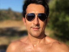 Rahul Khanna Sums Up 'Sweat Equity' In A Pic. 'Too Much,' Says Instagram