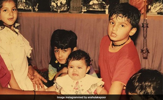 Arjun Kapoor's Epic Comment On Sister Anshula's Throwback Pic Will Make You ROFL