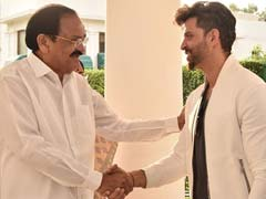 Hrithik Roshan 'Grateful For Feedback' From Vice President Venkaiah Naidu After Special Screening Of <i>Super 30</i>