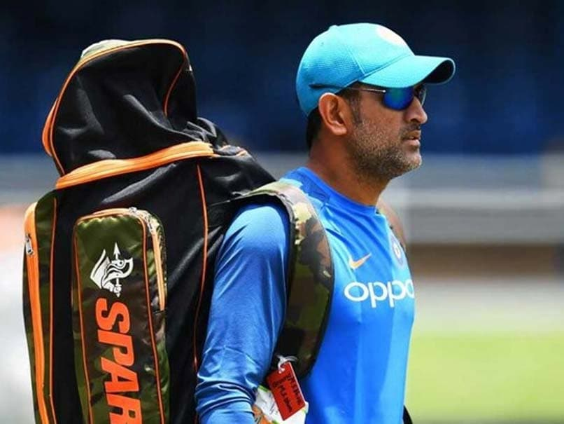David Lloyd Trolled For Response To MS Dhoni