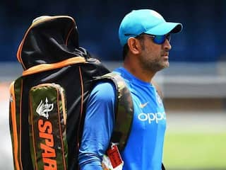 David Lloyd Trolled For Response To MS Dhonis Decision To Train With Army