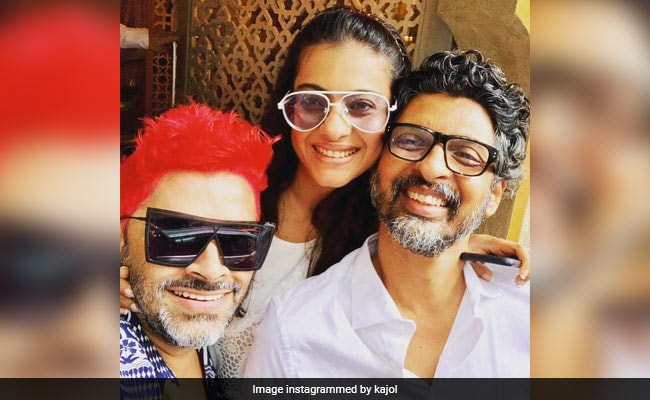 Inside Kajol's Weekend Lunch With Her 'Musketeer' Friends