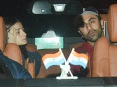 No Monday Blues For Alia Bhatt And Ranbir Kapoor. Pics From Their Late Night Outing