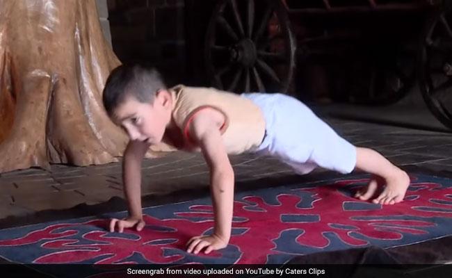 6 साल के लड़के ने एक बार में किए 3 हजार पुश-अप्स, ईनाम में मिला आलीशान घर