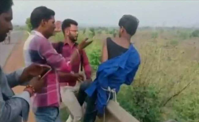 Man Thrashed For Allegedly Smuggling Cattle in Madhya Pradesh