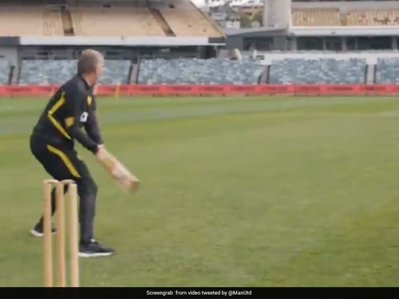 Watch: Manchester United Manager Ole Gunnar Solskjaer Plays Cricket At WACA