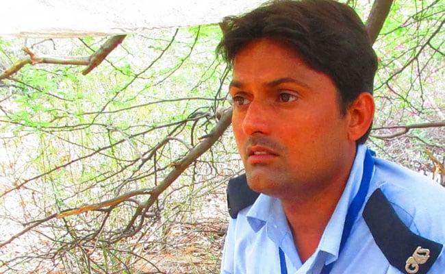 JNU का गार्ड अब बनेगा वहां का स्टूडेंट, ये है 33 साल के रामजल मीणा की सक्सेस स्टोरी