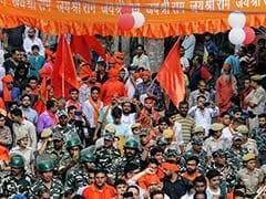 दिल्ली: हौजकाजी इलाके में शोभा यात्रा के दौरान बीजेपी सांसद हंसराज हंस का आईफोन एक्स चोरी