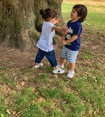 Taimur, Inaaya's London Reunion Pic Is Here To Make Your Weekend Better