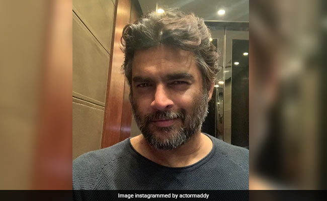 Another Madhavan Selfie Sends Internet Into A Spiral; Actor Responds To Fan Who Wants To Marry Him