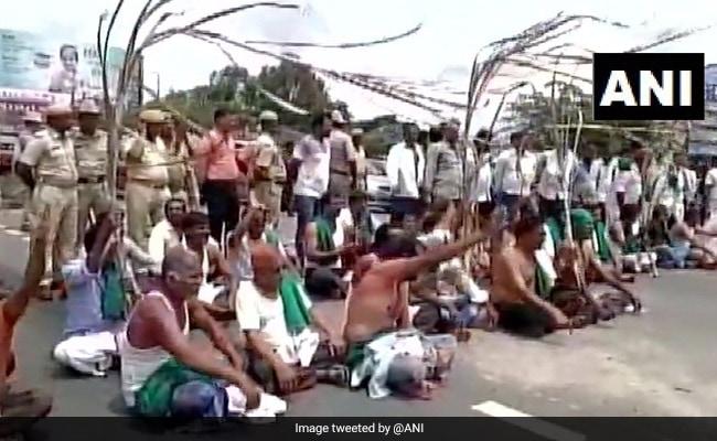Farmers Block Bengaluru-Mysuru Highway As Protest Enters 11th Day