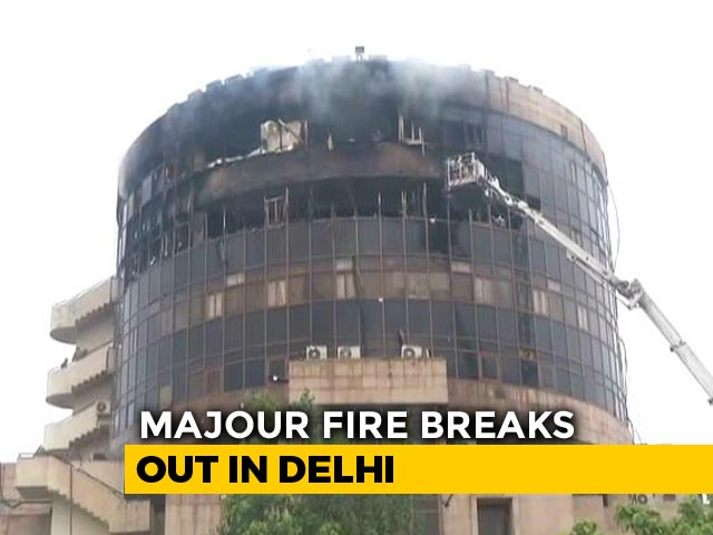 Video : Fire Breaks Out At Directorate General Of Health Services Office In Delhi