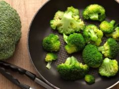 Weight Loss Diet: Kick-start Your Weight Loss Journey With This Protein-Rich Broccoli Soup