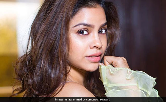 Actress Sumona Chakravarti Shares How She Quit Smoking Cold Turkey 2 Years Ago