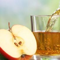 Latest Study Reveals That An Apple A Day Carries 100mn Bacteria For Your Gut