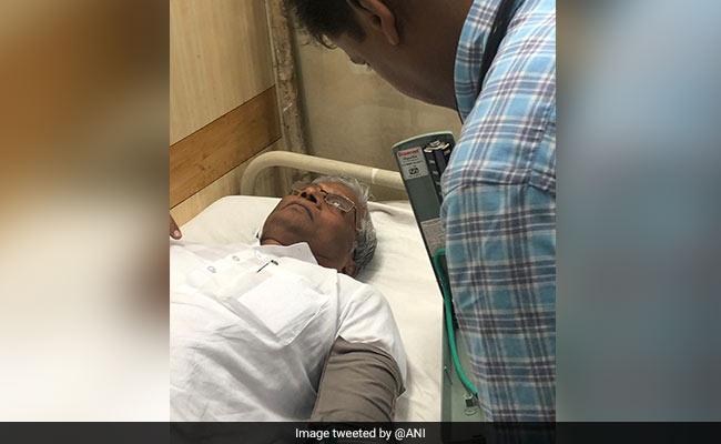 कर्नाटक : रिसॉर्ट से अचानक हॉस्पिटल पहुंचे कांग्रेस विधायक, पार्टी ने लगाया अगवा करने का आरोप