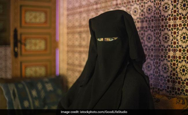 IS के चुंगल से निकल महिला ने सुनाई अपनी आप-बीती, ऐसे अपने 3 मासूम बच्चों को छोड़ पहुंची घर