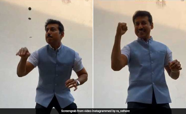 Watch: Rajyavardhan Rathore 'Superb' Coin Trick Impresses Instagram