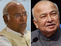 Congress Top Job May Go To Sushil Kumar Shinde Or Mallikarjun Kharge