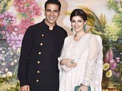 How Twinkle Khanna Helps Akshay Kumar Zero In On Films