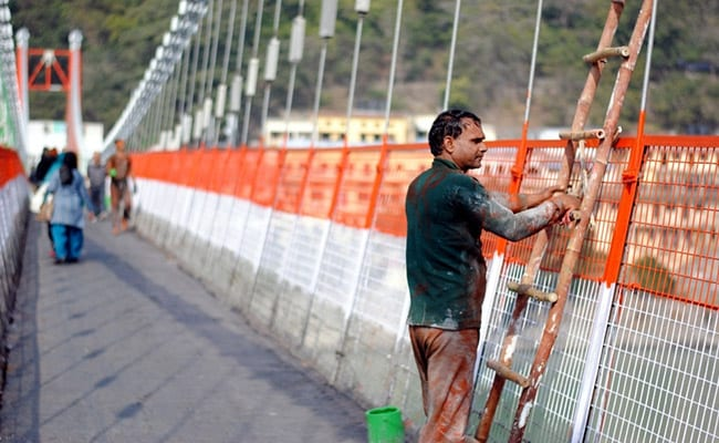 Rishikesh's 'Lakshman Jhula' Closes As Experts Warn Of Excess Load