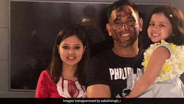 MS Dhoni Birthday: Ziva Dhoni Cuts Birthday Cake With Father In Adorable Viral Video