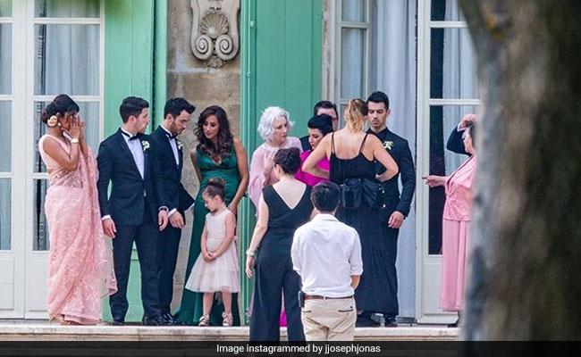 Viral: Priyanka Chopra Spotted Wiping Away Tears At Sophie Turner-Joe Jonas Wedding