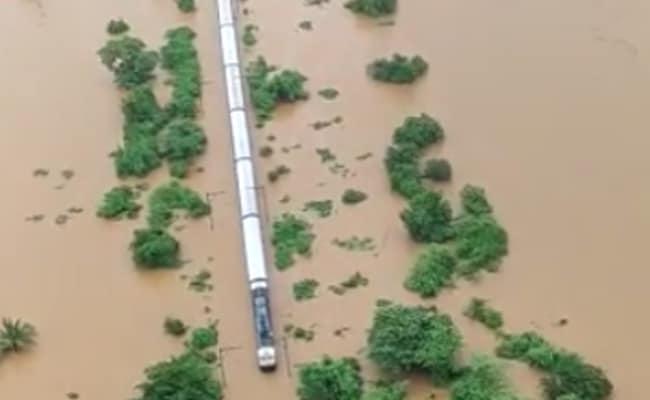 300 Men Working To Restore Rail Line Near Mumbai Where Train Was Stuck