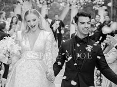 Sophie Turner And Joe Jonas' First Wedding Pic: Late But Awesome