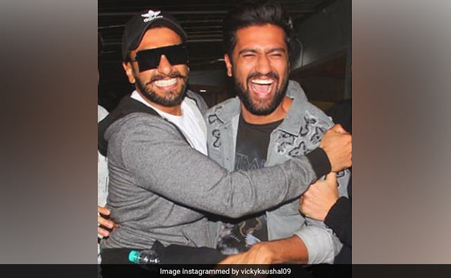 On Ranveer Singh's Birthday, Alia Bhatt, Vicky Kaushal And Other Bollywood Stars Wish The Actor