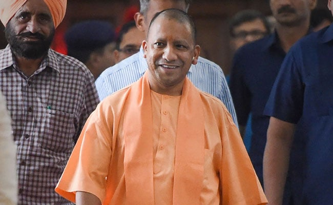Yogi Adityanath Interacts With Kashmir Students In UP, Talks Of Dialogue