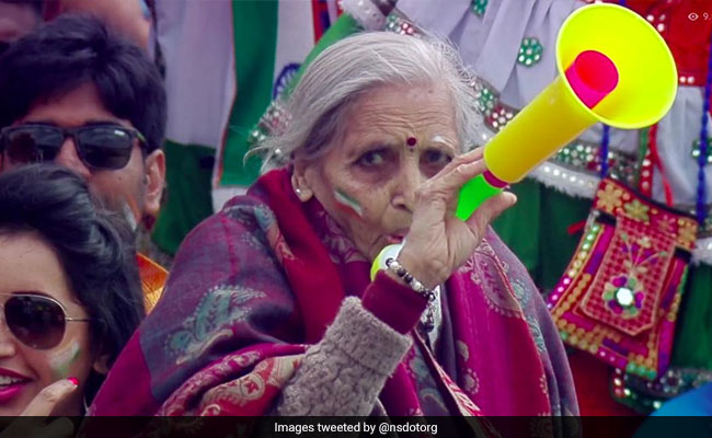 Virat Kohli takes blessings of elderly Fan of Team India Charulata patel after beating Bangladesh in World Cup