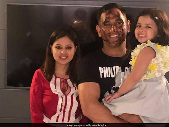 MS Dhoni Dances With Ziva, Celebrates Birthday,Viral Video
