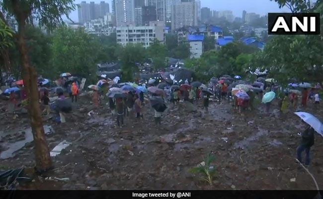 भारी बारिश की वजह से दीवार गिरने से मुंबई के मलाड में 14, कल्याण में 3 और पुणे में 6 लोगों की मौत, बचाव कार्य जारी