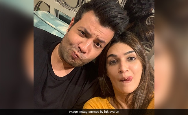 Kriti Sanon Reveals Why Her Arjun Patiala Co-Star Varun Sharma 'Won't Let Her Date Anyone'