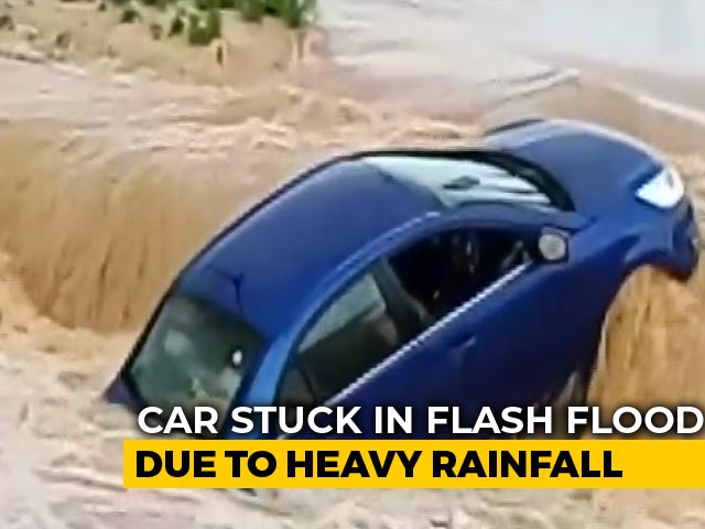 Video : Watch: Car Caught In Chhattisgarh Flash Floods Washed Away Within Minutes