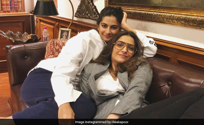 Rhea Kapoor's Pic With 'Partner In Crime' Sonam Kapoor Is All About Sibling Love