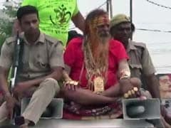 "With 16 kilograms Of Gold, ""Golden Baba"" Attends Kanwar Yatra In UP"
