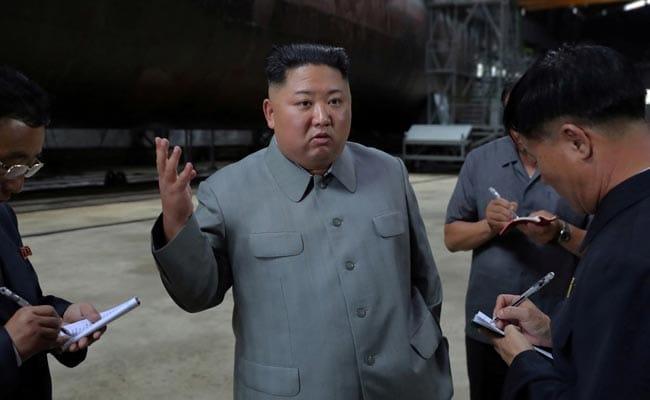 Kim Jong Un Inspects New Submarine, Signals Ballistic Missile Development